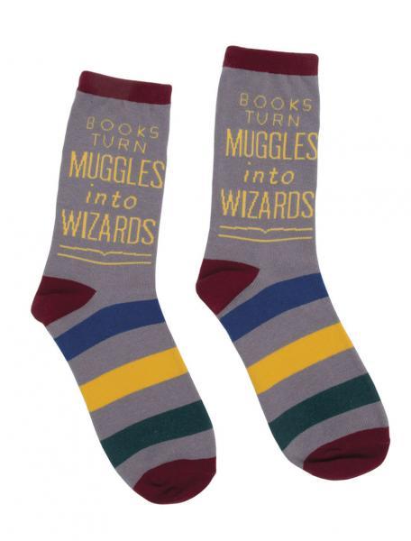 35d511efc05 Books Turn Muggles into Wizards Socks (Men s Large)